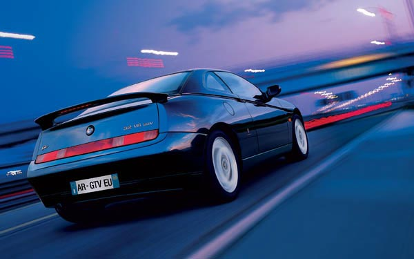 Фото Alfa Romeo GTV