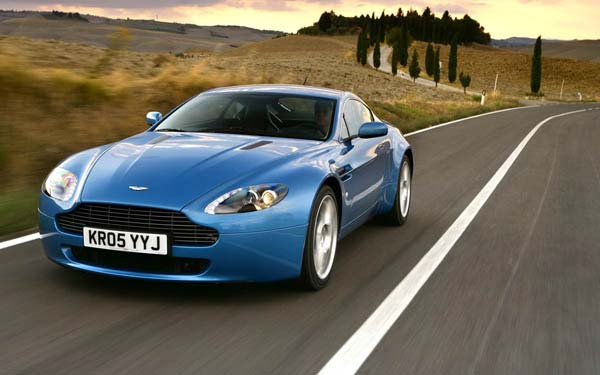Aston Martin V8 Vantage 2005-2012