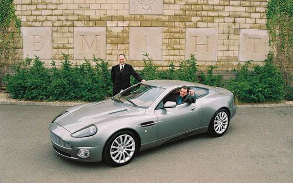 Aston Martin V12 Vanquish 2000-2004