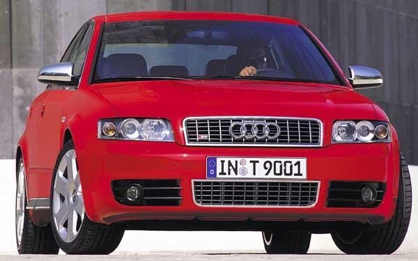 Audi S4 2003-2004