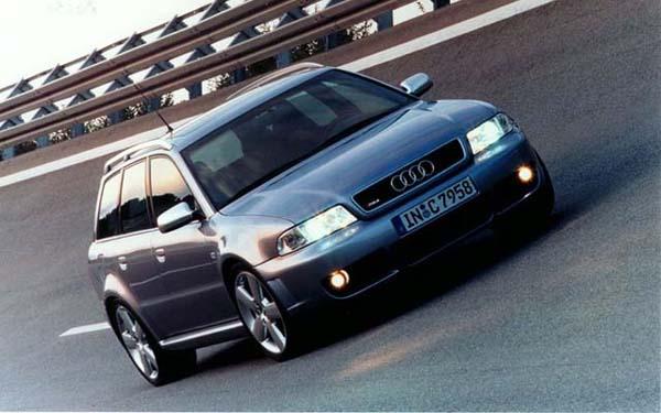 Фото Audi RS4 Avant  (2000-2004)