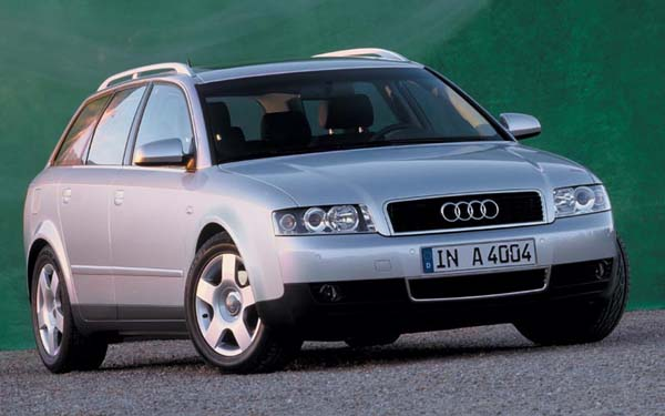 Фото Audi A4 Avant  (2001-2004)