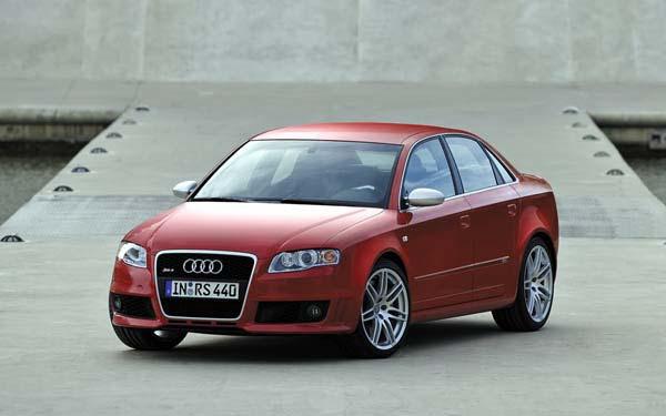 Фото Audi RS4  (2005-2008)