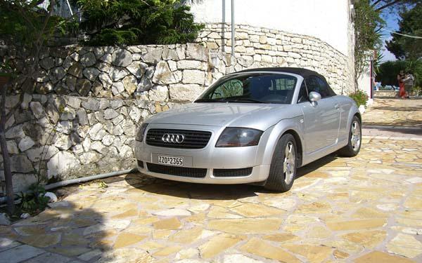 Фото Audi TT Roadster  (1999-2006)