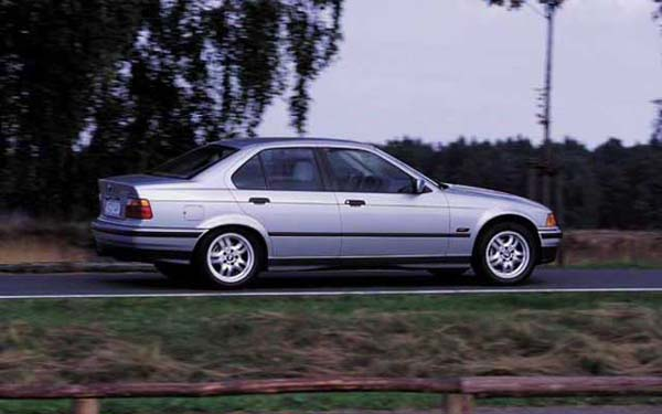 Фото BMW 3-series  (1990-1998)