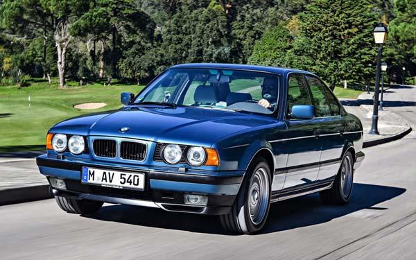 Фото BMW 5-series Touring  (2000-2003)