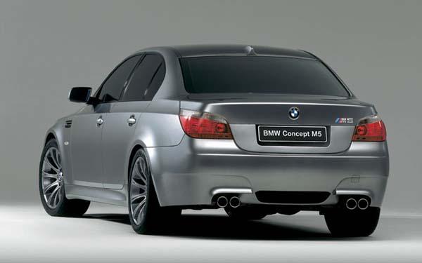 Фото BMW M5  (2004-2009)