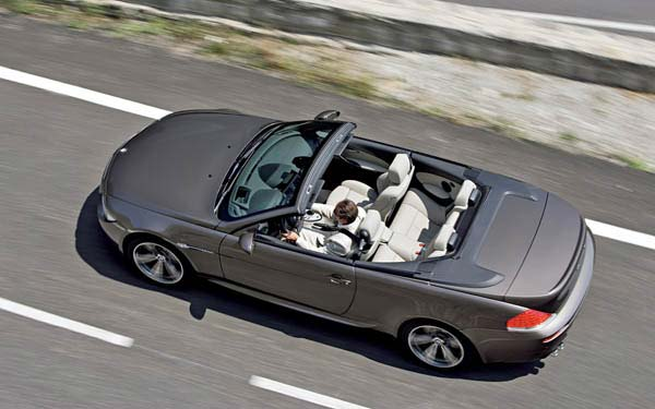 Фото BMW M6 Convertible  (2006-2010)
