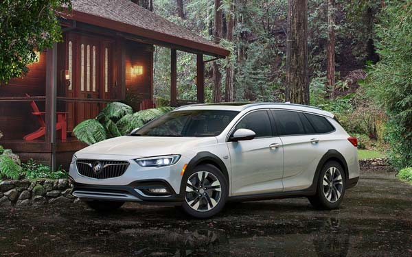 Buick Regal TourX (2017...) Фото #101