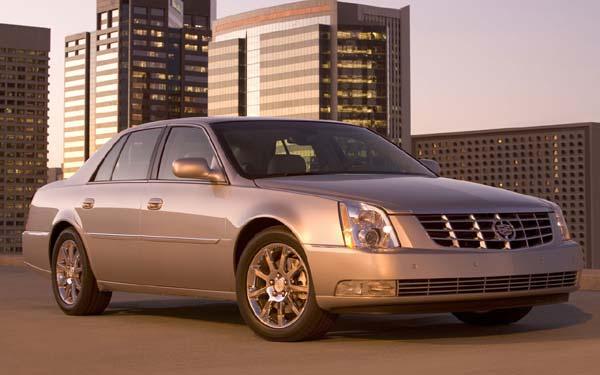 Фото Cadillac DTS