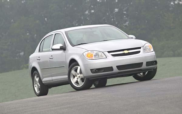 Фото Chevrolet Cobalt  (2004-2010)