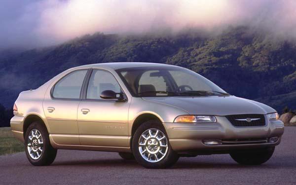 Фото Chrysler Stratus