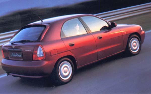 Фото Daewoo Nubira II Hatchback  (1999-2002)