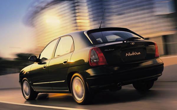 Daewoo Nubira Hatchback 1999-2002