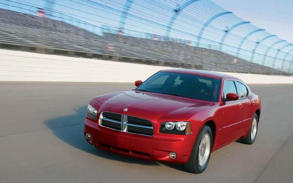 Фото Dodge Charger  (2005-2011)