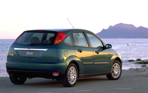 Ford Focus (1998-2005) Фото #2