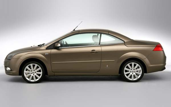 Фото Ford Focus Coupe-Cabriolet  (2006-2007)