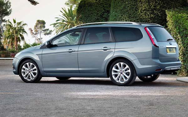 Ford Focus Wagon 2008-2011