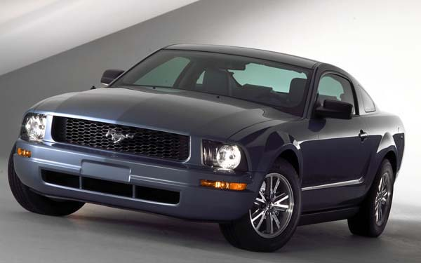 Ford Mustang 2004-2010