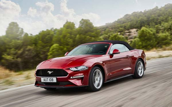 Фото Ford Mustang Convertible 2017