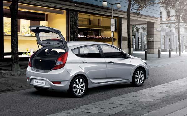 Hyundai Solaris Hatchback 2011-2014