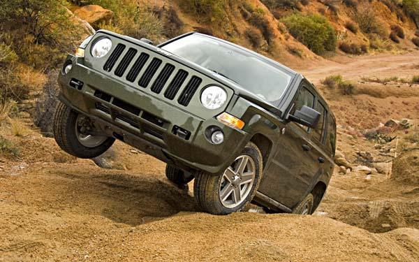 Фото Jeep Patriot