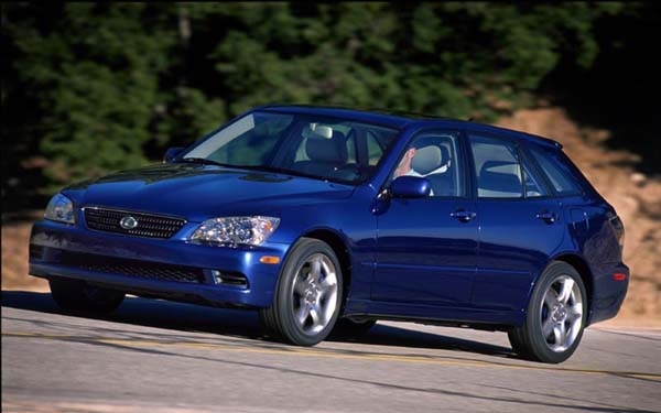 Lexus IS SportWagon 2002-2005