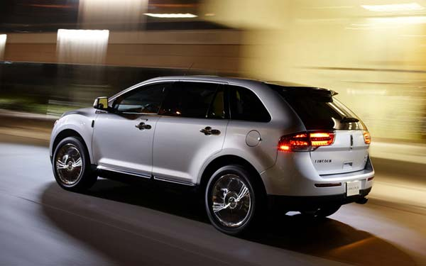 Lincoln MKX (2010-2015) Фото #11