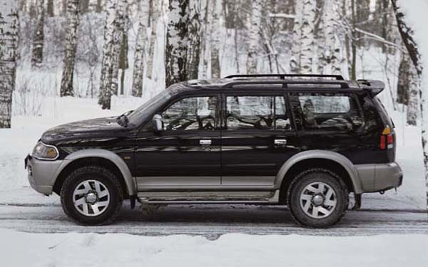Mitsubishi Pajero Sport 1999-2008
