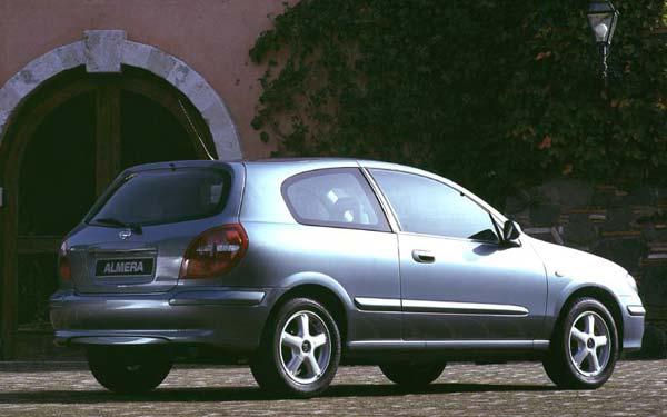 Nissan Almera 3-Door 2000-2002