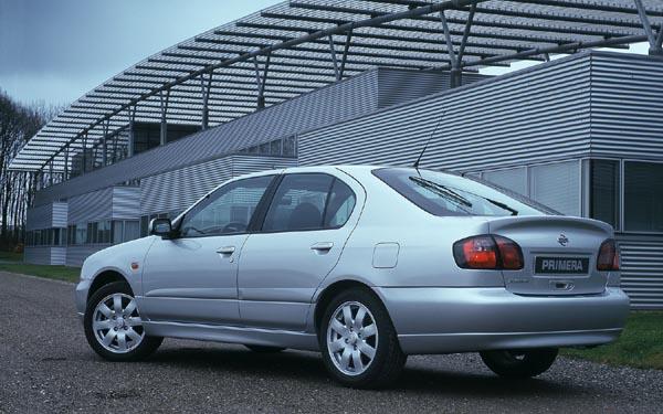 Nissan Primera Hatchback 1999-2001