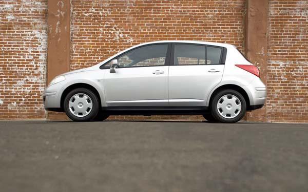 Nissan Tiida 2007-2014