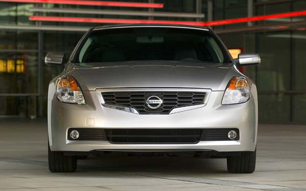 Nissan Altima Coupe 2007-2009