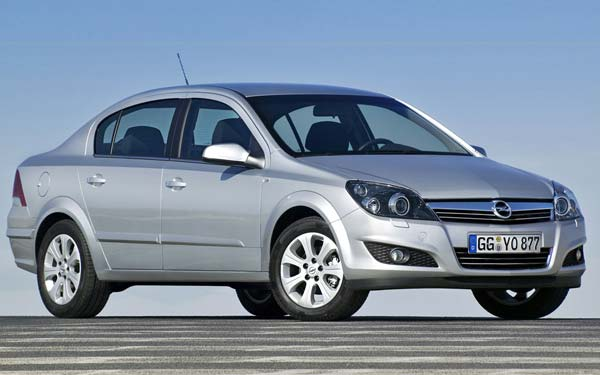 Opel Astra Sedan 2007-2012