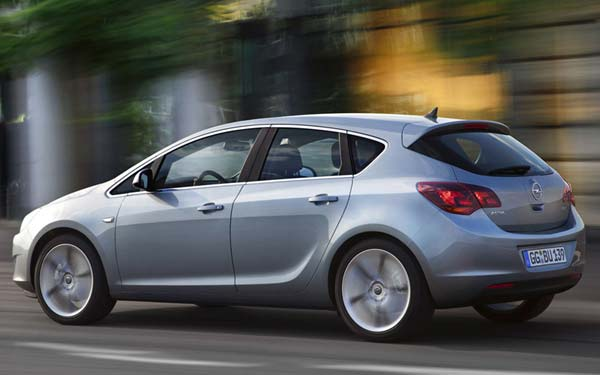 Opel Astra 2010-2015