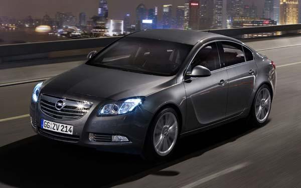 Opel Insignia Hatchback 2008-2013