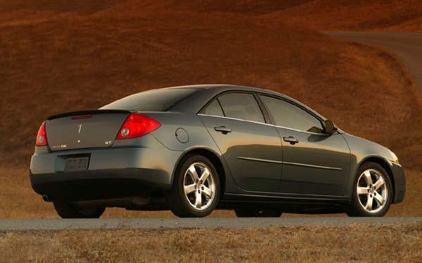 Фото Pontiac G6