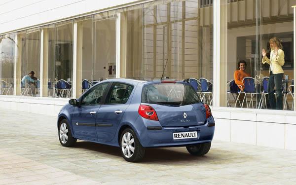 Фото Renault Clio  (2005-2009)