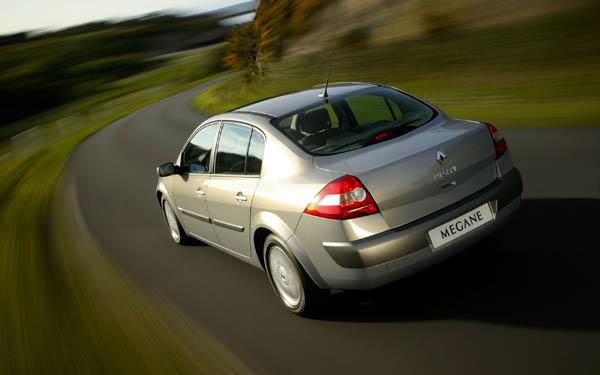 Фото Renault Megane Sedane  (2004-2009)