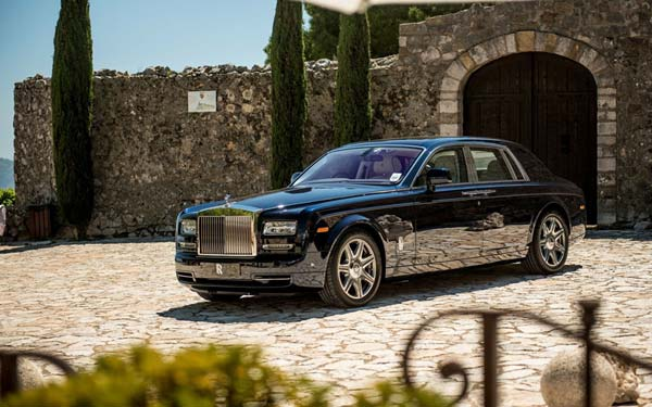 Rolls-Royce Phantom (2012-2017) Фото #41