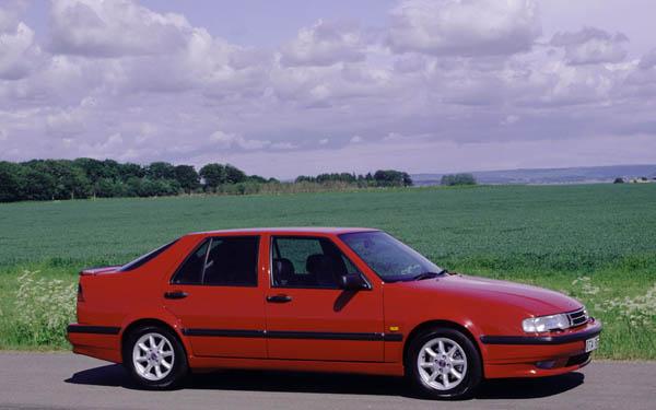 Фото SAAB 9000  (1992-1996)