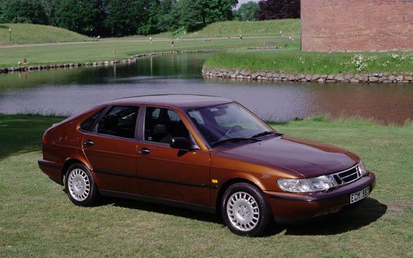 SAAB 900 1993-1996