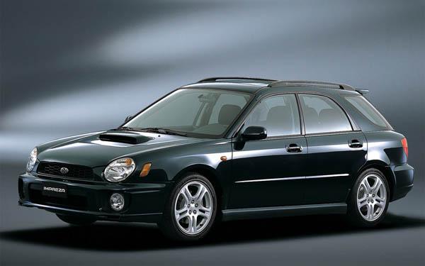 Фото Subaru Impreza SportsCombi WRX  (2000-2002)