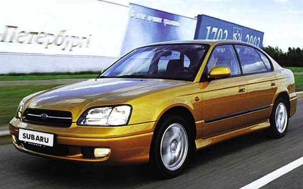 Фото Subaru Legacy  (2000-2002)