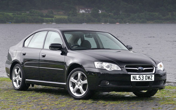 Фото Subaru Legacy  (2003-2006)