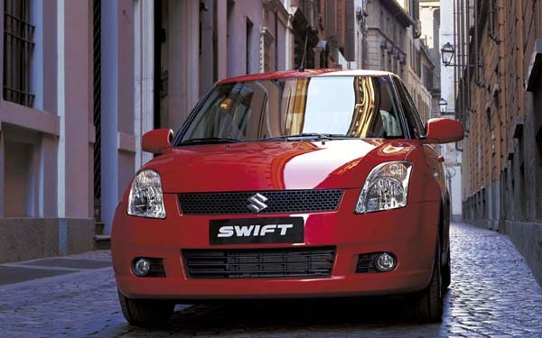 Фото Suzuki Swift  (2005-2010)