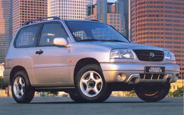 Фото Suzuki Grand Vitara 3D  (2002-2005)