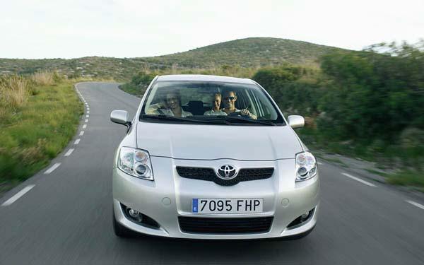 Toyota Auris 2007-2010