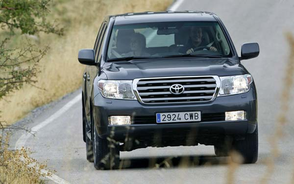 Toyota Land Cruiser 200 2007-2011