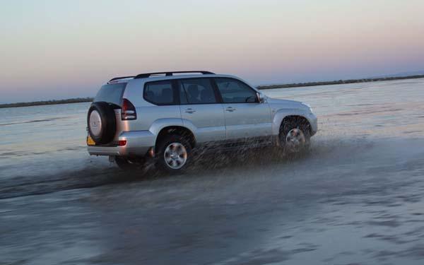 Фото Тойота Ленд Крузер Прадо  (2003-2009)